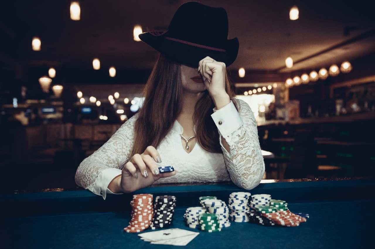 Immagine al tavolo da poker
