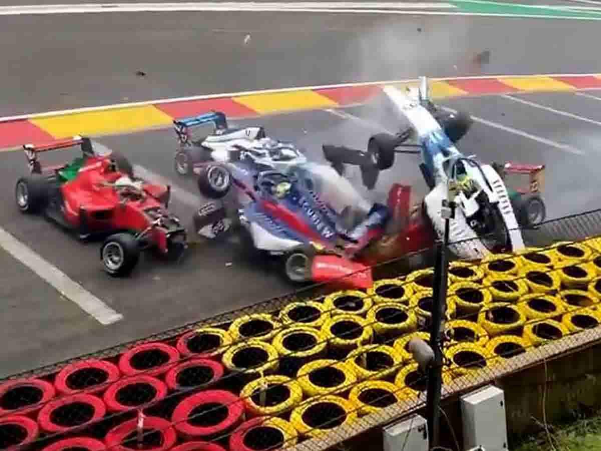 W Series: il momento clou dell'incidente a Spa