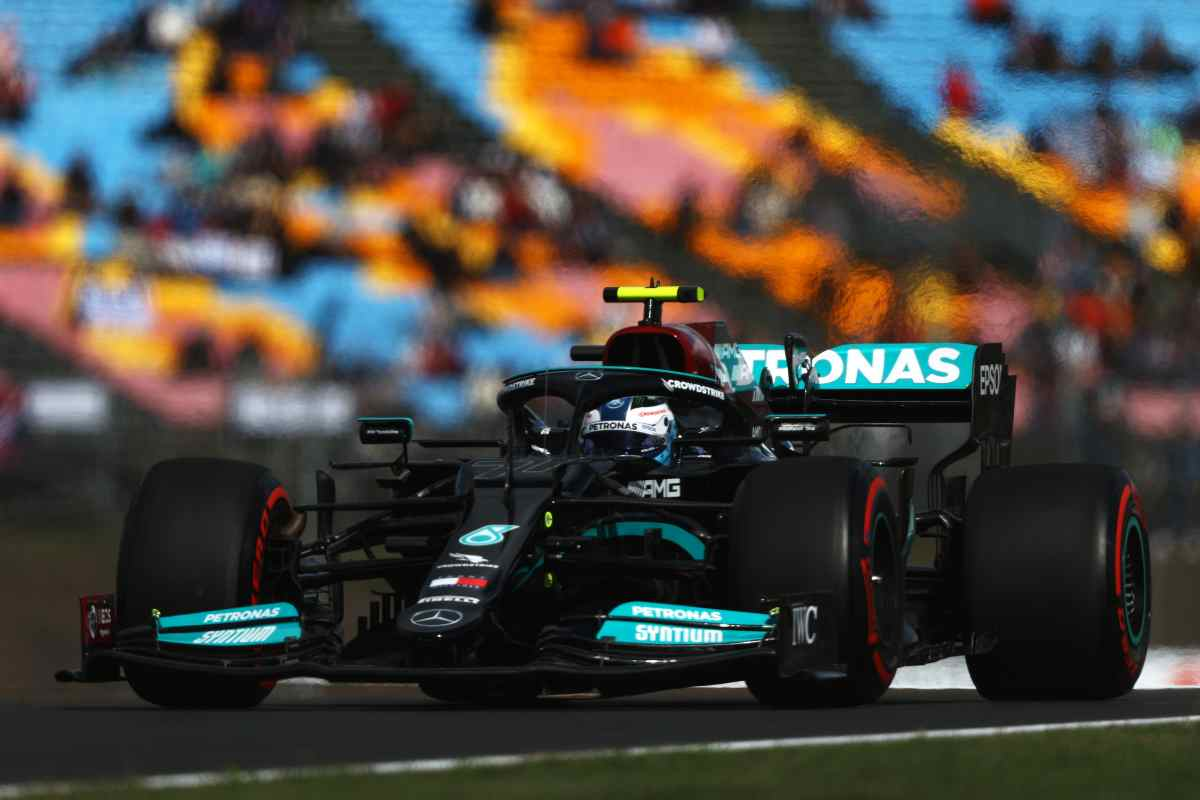 Red Bull vs Mercedes, Lewis Hamilton (GettyImages)