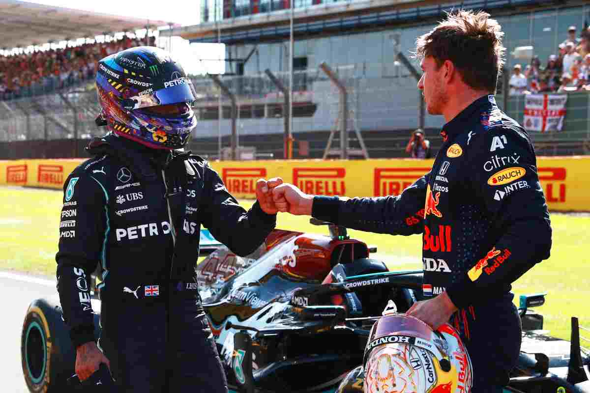 Max Verstappen e Lewis Hamilton (GettyImages)